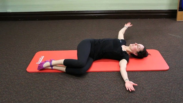 Two-knee spinal twist (Supta Matsyendrasana)